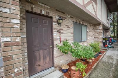 Auburndale Townhouse For Sale: 170 Lake Stella Drive #2