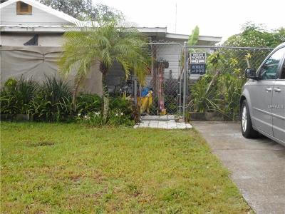 Auburndale Single Family Home For Sale: 17 Alabama Lane