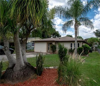 Winter Haven Single Family Home For Sale: 682 Wakulla Drive
