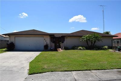 Winter Haven Single Family Home For Sale: 2002 Leisure Drive