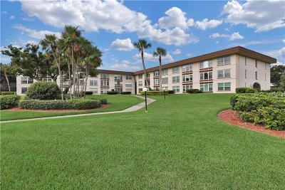 Winter Haven Condo For Sale: 333 Lake Howard Drive NW #112C