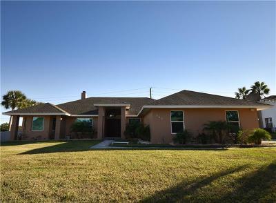 Winter Haven Single Family Home For Sale: 282 Santa Rosa Drive