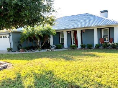 Auburndale Single Family Home For Sale: 203 White Cliff Boulevard