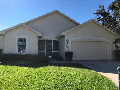 Winter Haven Single Family Home For Sale: 3201 Oak Tree Lane