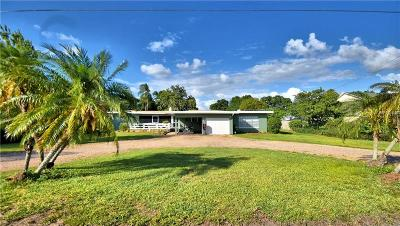Auburndale Single Family Home For Sale: 2250 Lake Ariana Boulevard