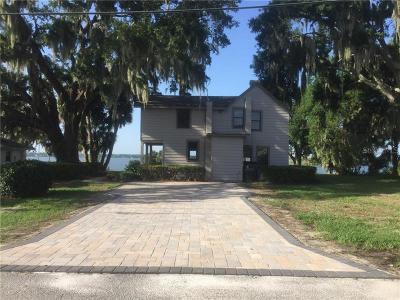 Auburndale Single Family Home For Sale: 107 Massasoit Street