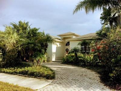 Sarasota FL Single Family Home For Auction: $197,000