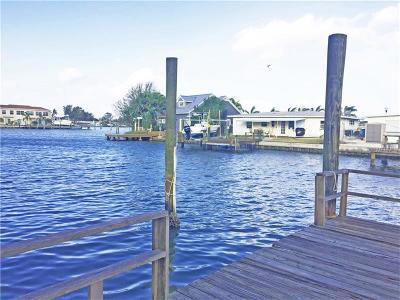 Redington Shores Single Family Home For Sale: 17405 1st Street E