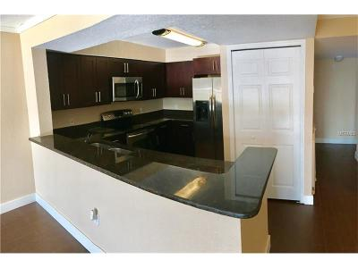 Volusia County, Seminole County, Orange County Condo For Sale: 13839 Fairway Island Drive #1136