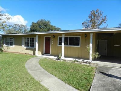 Sanford Single Family Home For Sale: 205 Satsuma Drive