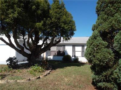 Lakeland Single Family Home For Sale: 1026 Canary Circle N