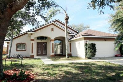 Kissimmee Single Family Home For Sale: 2802 Berkshire Circle