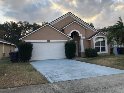 Kissimmee Single Family Home For Sale: 2020 Locust Berry Drive