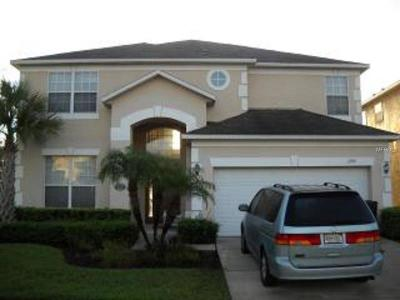 Kissimmee Single Family Home For Sale: 1290 Seasons Boulevard
