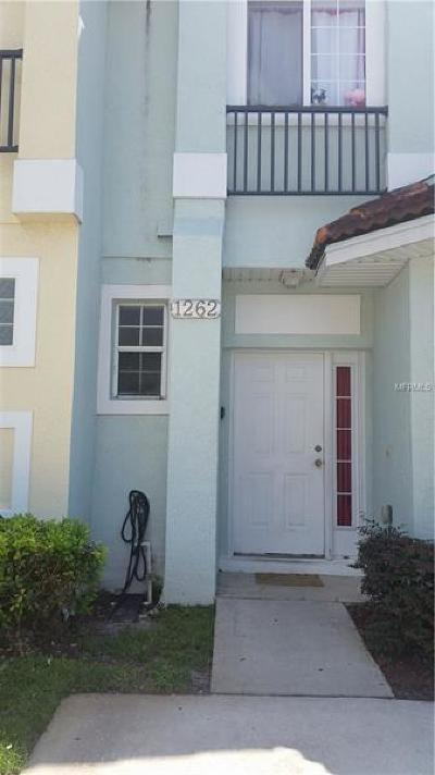 Kissimmee Townhouse For Sale: 1262 S Beach Circle