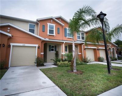 Kissimmee Townhouse For Sale: 5105 Crown Haven Drive