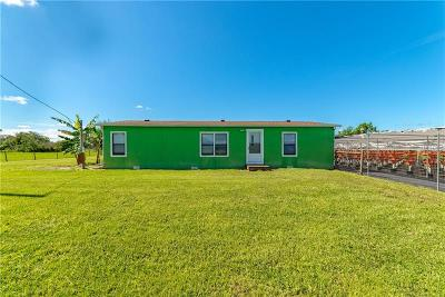Kissimmee Mobile/Manufactured For Sale: 4130 Cardinal Lane