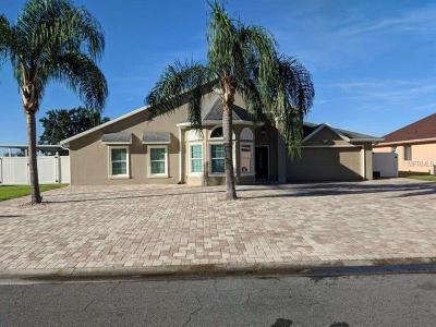 Kissimmee Single Family Home For Sale: 388 Blue Bayou Drive