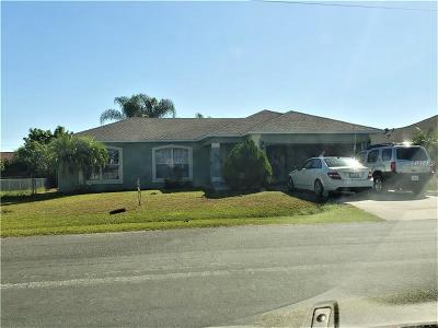 Kissimmee Single Family Home For Sale: 105 Barrington Drive