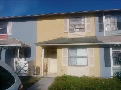 Kissimmee FL Townhouse For Sale: $105,000