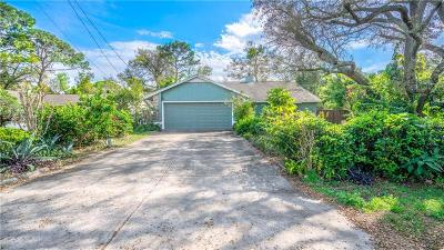 Apopka Single Family Home For Sale: 2702 Nova Drive