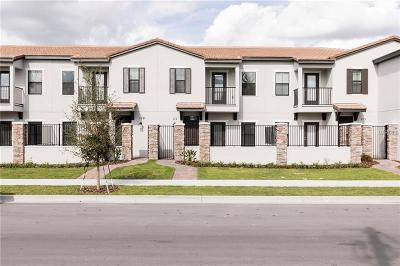 Haines City Townhouse For Sale: 111 Kenny Boulevard