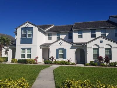 Townhouse For Sale: 414 Captiva Drive