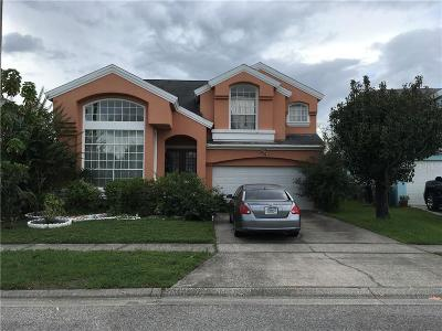 Kissimmee Single Family Home For Sale: 2414 Berkshire Court