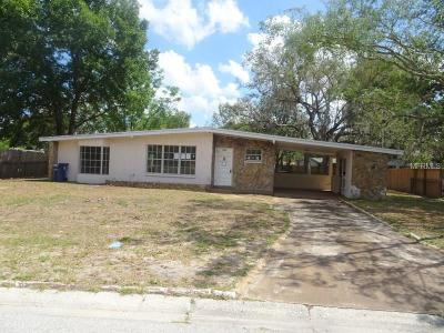 Tampa Single Family Home For Sale: 1504 Charm Lane