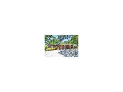 Single Family Home For Sale: 209 S Gardenia Avenue