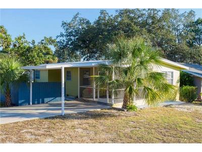 Crystal Beach Single Family Home For Sale: 170 Georgia Avenue