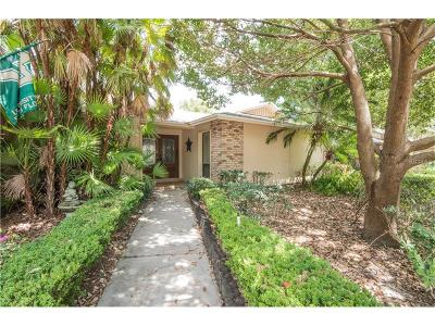 Tampa Single Family Home For Sale: 1714 Magdalene Manor Drive