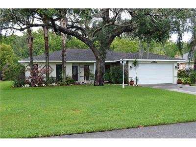 Beverly Hills, Citrus Hills, Citrus Springs, Crystal River, Dunnellon, Floral City, Hernando, Homassa, Homosassa, Inverness, Lecanto, Port Charlotte Single Family Home For Sale: 1025 SE 5th Avenue