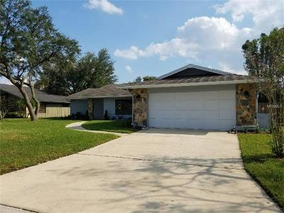 Longwood Single Family Home For Sale: 103 E Berkshire Circle