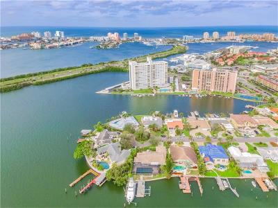 Clearwater Beach Single Family Home For Sale: 13 Leeward Island