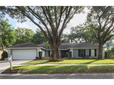 Tampa Single Family Home For Sale: 13903 Oberlin Manor Way
