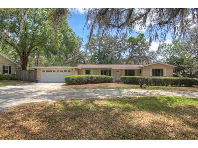 Temple Terrace Single Family Home For Sale: 210 S Burlingame Avenue