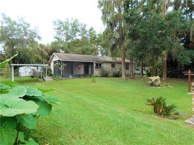 Land O Lakes Single Family Home For Sale: 21875 Pineywood Loop