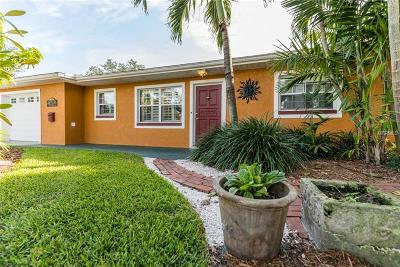 Hernando County, Hillsborough County, Pasco County, Pinellas County Single Family Home For Sale: 9520 Sun Isle Drive NE