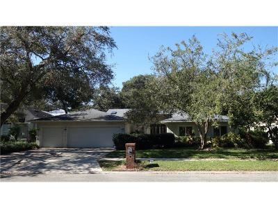 Temple Terrace Single Family Home For Sale: 11404 E Queensway Drive
