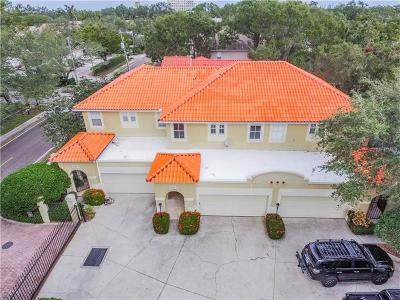 Tampa Townhouse For Sale: 5218 Bayshore Boulevard #2