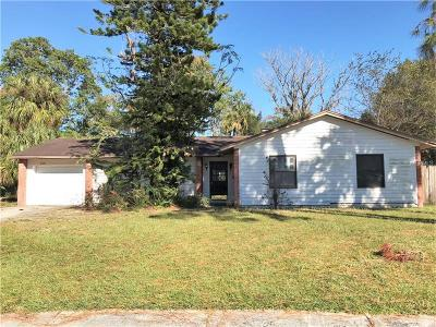 Tampa Single Family Home For Sale: 6807 Mornay Court