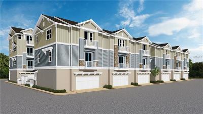 Sarasota Townhouse For Sale: 512 Laurel Park Drive