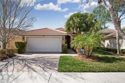 Wimauma Single Family Home For Sale: 15765 Crystal Waters Dr