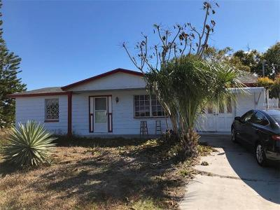 Holiday Single Family Home For Sale: 3610 Oakhurst Drive