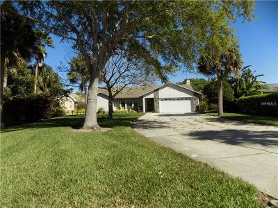 Sarasota Single Family Home For Sale: 1899 Buccaneer Circle