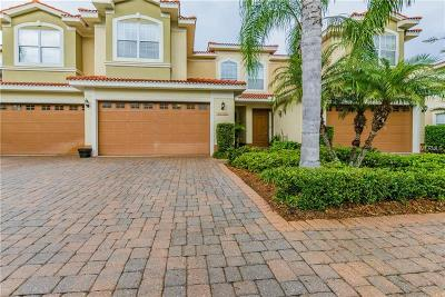 Tampa Townhouse For Sale: 13944 Clubhouse Drive