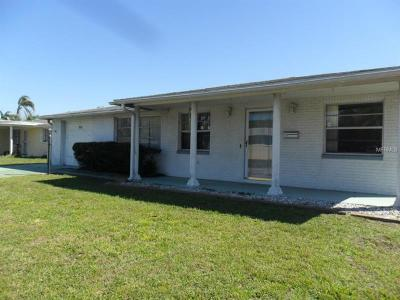Holiday Single Family Home For Sale: 3838 Sunray Drive