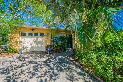St Petersburg FL Single Family Home For Sale: $385,000