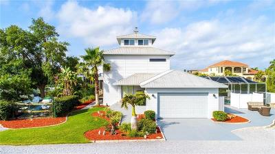 Apollo Beach Single Family Home For Sale: 1302 Apollo Beach Boulevard S #S